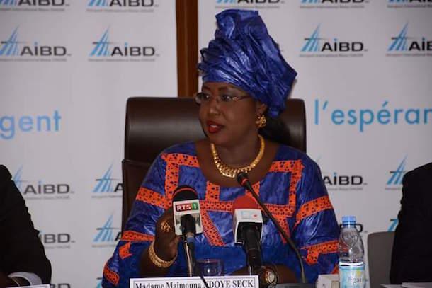"""Le ministre Maimouna Ndoye Seck snobe Wade : """"l'Aibd était un projet de (Diouf), réalisé par Macky Sall"""""""