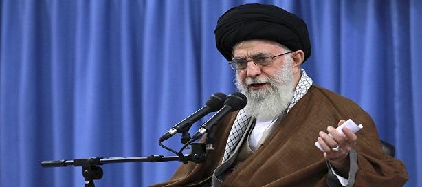 Iran: l'économie souffrirait plus de mauvaise gestion que des sanctions, selon Ali Khamenei