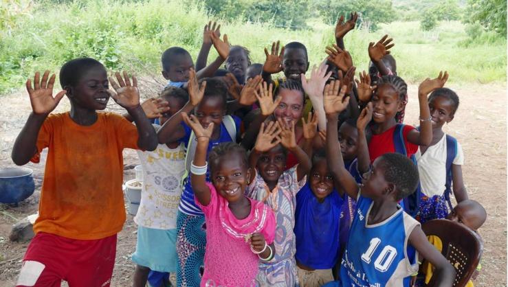 Avec des déjeuners quotidiens, ces élèves sénégalais peuvent afficher le sourire.