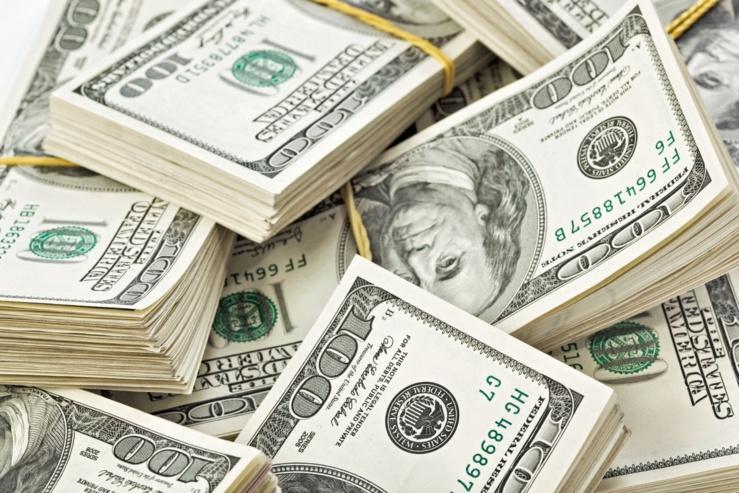 Les 5 hommes les plus riches du 20e siècle valent 3 fois plus que les 5 meilleurs milliardaires d'aujourd'hui