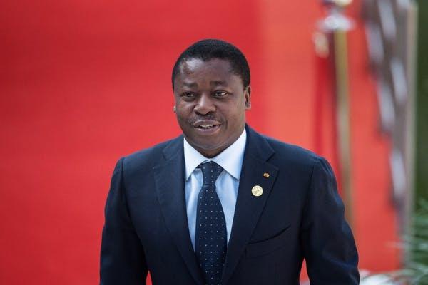 Le président du Togo Faure Gnassingbé a lancé en avril le programme de transferts monétaires et de revenu universel de solidarité Novissi pour faire face à la pandémie du coronavirus. Michele Spatari/AFP