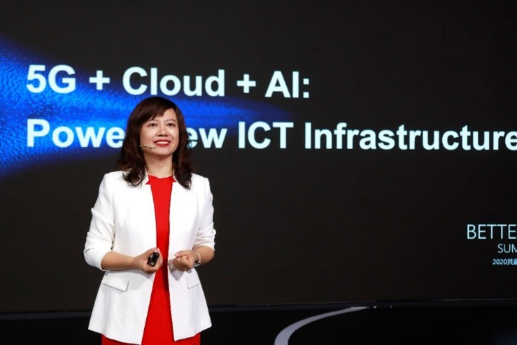 Jacqueline Shi, présidente du département International Cloud & AI Business de Huawei
