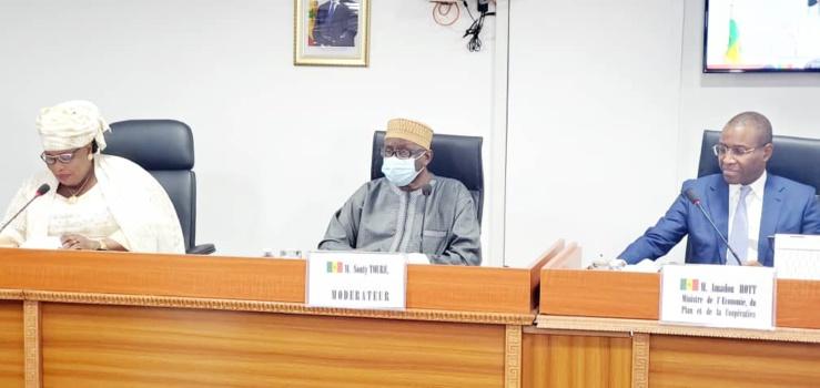 Amadou Hott s'exprimant au Haut conseil des collectivités territoriales.