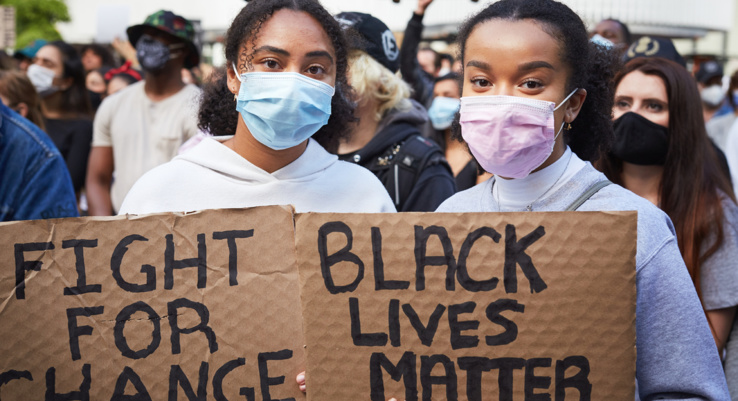 Justice raciale dans les entreprises.