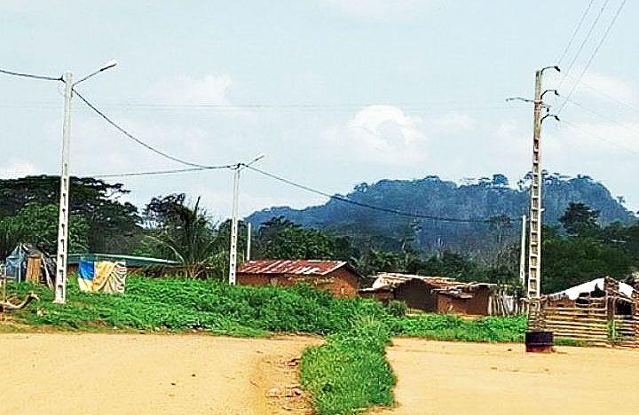 Sénégal : raccordement gratuit au réseau électrique de 37 500 ménages de faibles revenus