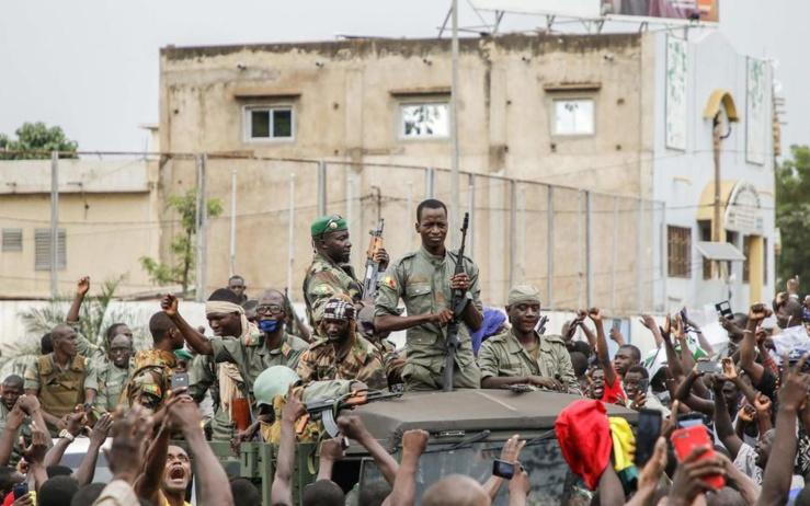 suite au coup d'Etat, le mali suspendu des instances de la francophonie