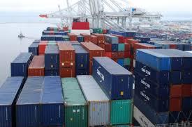 Commerce : Le déficit commercial en réduction de 24,3 milliards