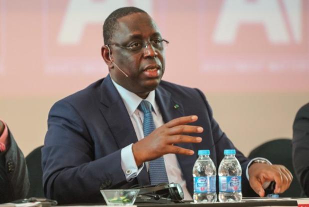 Internet : Macky Sall invite les opérateurs à baisser les coûts