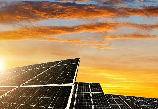 Energie : Le programme Desert to Power présenté à Dakar