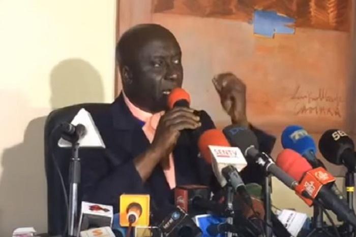""" Idy révèle sur la cession de Tigo : """"Macron est venu avec son ami à Dakar pour l'imposer à Macky"""""""