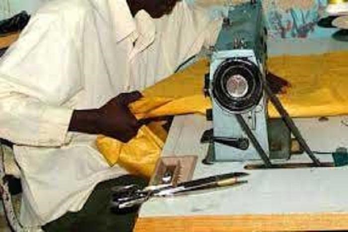 ((Artisanat : les tailleurs sénégalais annoncent la création d'une unité de production à la zone industrielle de Diamniadio