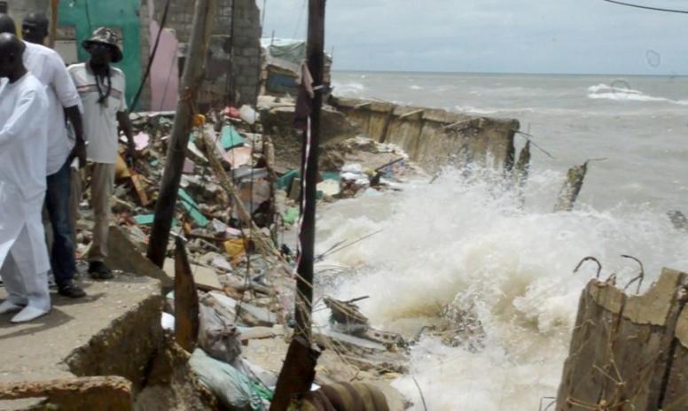 La Banque Mondiale décaisse 30 millions de dollars pour aider les victimes de la houle à Saint-Louis