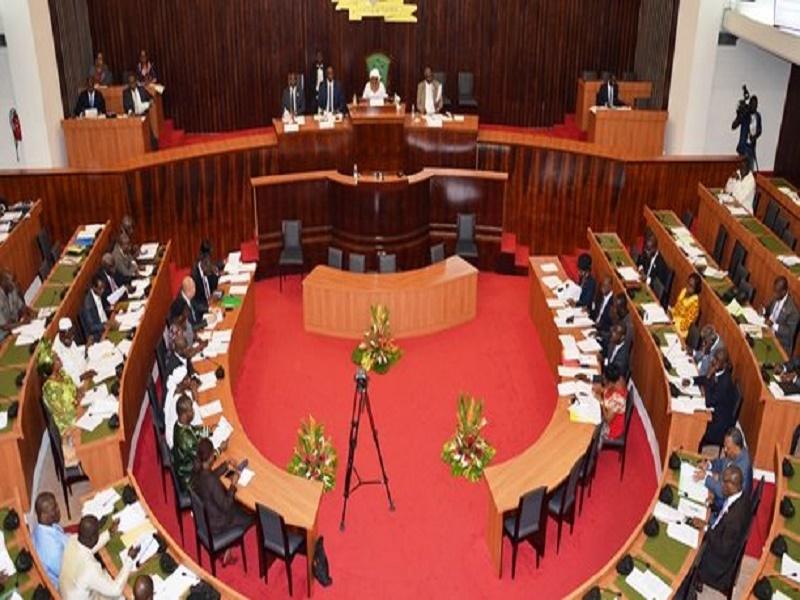 Côte d'Ivoire : les députés invités à déclarer leurs patrimoines