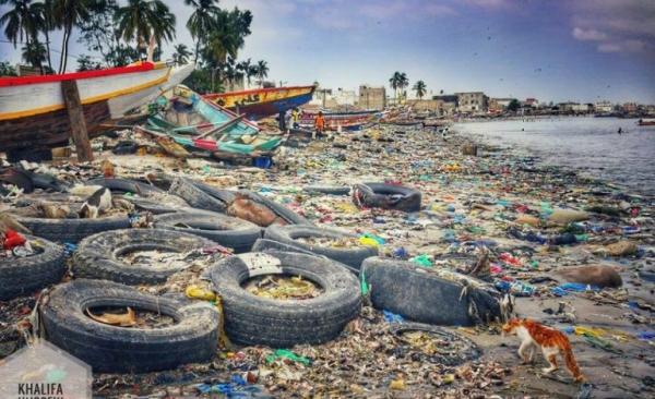 Environnement: Macky Sall veut accélérer la dépollution de la baie de Hann