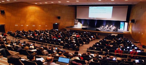 Conférence sur les enjeux et perspectives économiques en Afrique francophone à l'Ucad 2.
