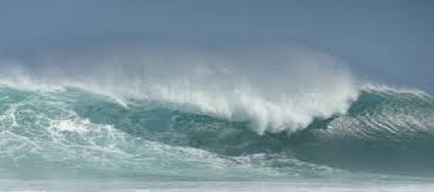 Avis de houle dangereuse sur la grande côte et Dakar.
