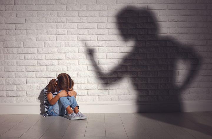 Violence à l'encontre des enfants