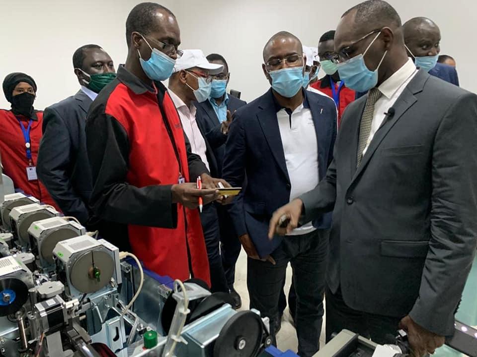 Au milieu le ministre sénégalais en charge de l'Economie,  Amadou Hott effectuant une visite dans les zones économiques spéciales.
