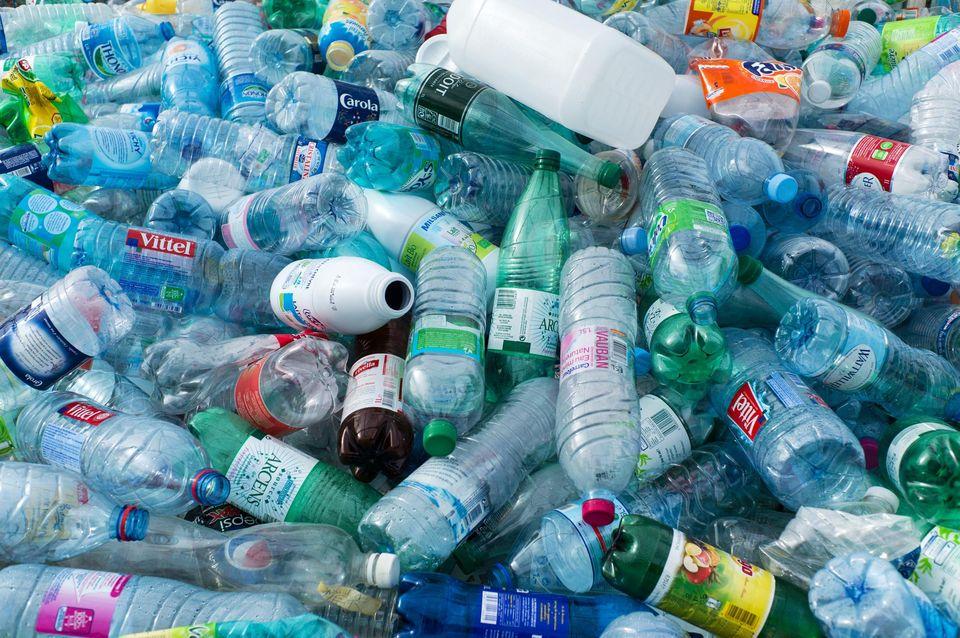 Le secteur du tourisme continue d'agir contre la pollution plastique