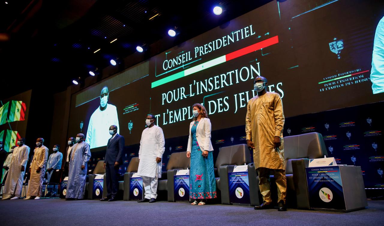 Sénégal: vers la mise en place d'un programme d'urgence pour l'emploi et l'insertion socio- économique des jeunes