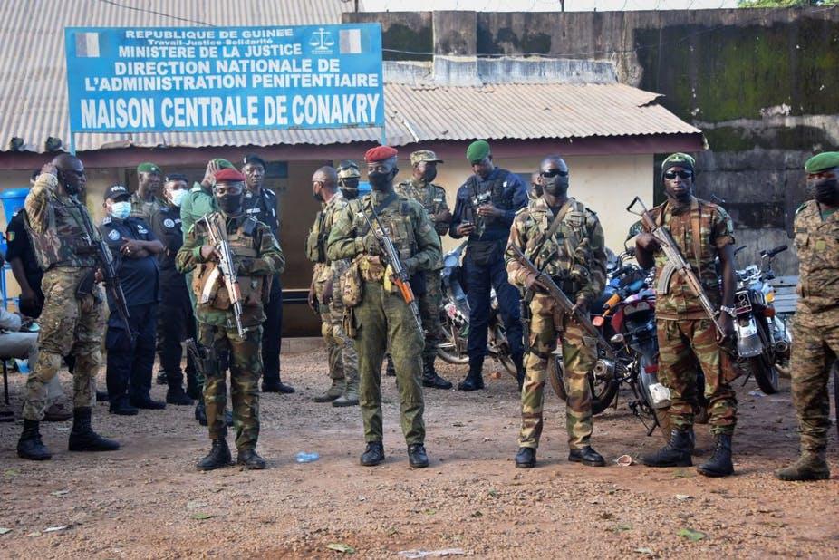 La CEDEAO protège efficacement le président déchu Alpha Condé, qui a manipulé la constitution pour briguer un autre mandat. Cellou Binani/AFP via Getty Images