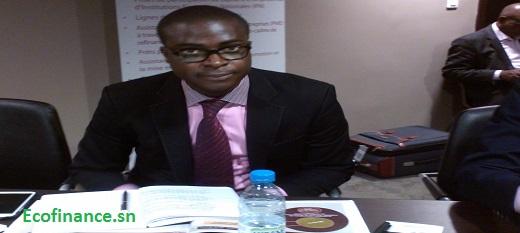 Tarek Toko, analyste financier à la Boad.