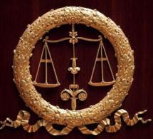 La décision d'ouverture des procédures collectives.