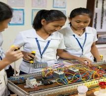 Formation dans les filières science, technologie, ingénierie et mathématique : Mastercard vise 1 million de filles d'ici 2025