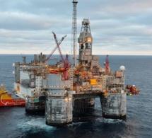 Faut-il vendre ou utiliser sur place le pétrole et le gaz sénégalais ?