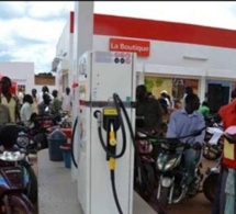 Le gouvernement du Sénégal bloque les prix du carburant et applique la vérité des prix pour les combustibles