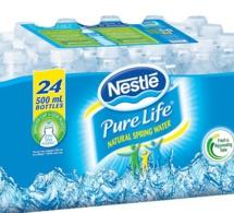 Nestlé annonce des modifications de ses activités liées aux eaux et crée la fonction de stratégie et de développement commercial du groupe