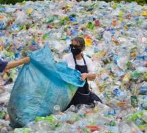 Nestlé ambitionne d'investir 1 219. 460 000 000 FCFA pour passer des plastiques vierges aux plastiques recyclés