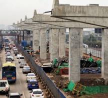 Projet d'autoroute de Nairobi : plus de 2.000 unités d'équipement de machinerie lourde exportées par l'entreprise chinoise Xcmg