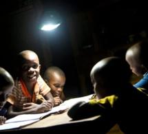 Electricité-Afrique ouest : vers l'extension de l'accès au réseau électrique à plus d'un million de personnes et l'amélioration de la stabilité pour 3,5 autres millions d'habitants